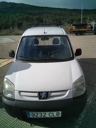 Peugeot Partner 2005 en excelente estado