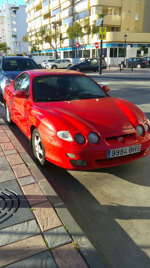 Hyundai Coupe 2001