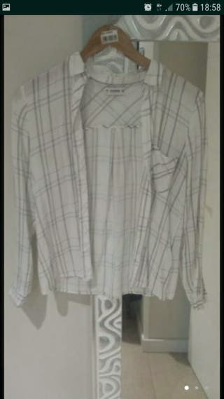Camisa chica pull & bear