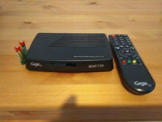 televisor con tdt mando y todos los conectores.