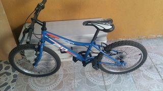 Bicicleta montaña para niño.