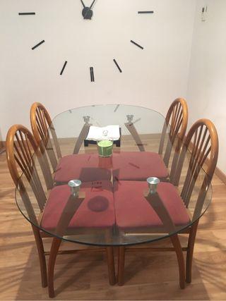 Mesa cristal sillas incluidas