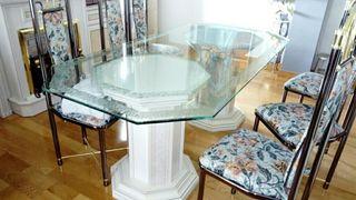 Mesa comedor de lujo de vidrio tallado