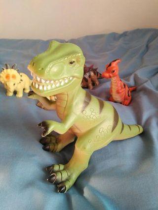 Dinosaurios juego niños