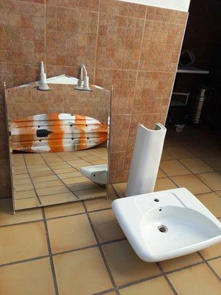 Espejo baño y lavabo
