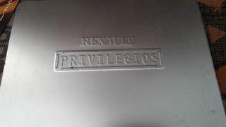 Caja alumínio Renault