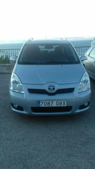 Toyota Corolla Verso 2008. 2.2 Diesel. 136CV. 7 pl