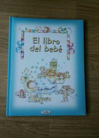 Libro del bebé NUEVO.