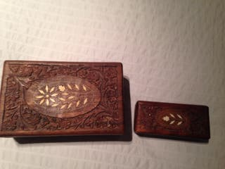 Cajas de madera talladas
