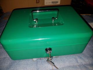 Caja con llave de seguridad