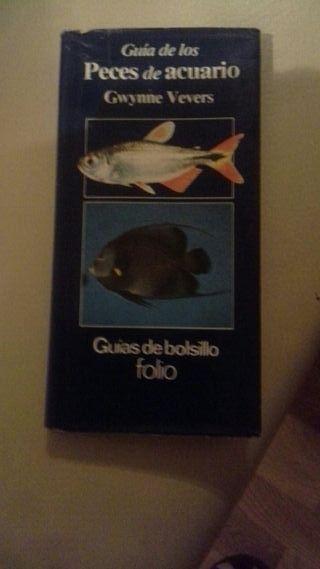 Libro de peces de bolsillo