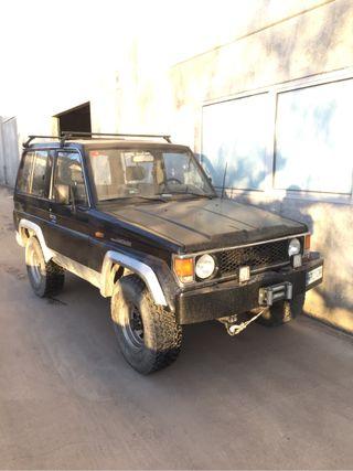 Toyota Land Cruiser 2LT D 1989
