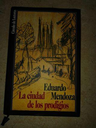 """Libro """"La ciudad de los prodigios"""""""