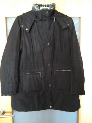 Abrigo negro, marca zendra, El Corte Ing. Talla 46