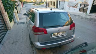 opel vectra 2004 Familiar 2.2 TDI