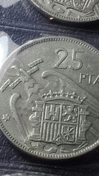 Moneda de 25 pesetas 1957 *68