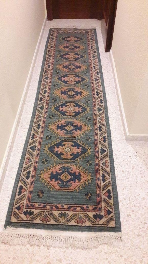 Resultat d'imatges de alfombra persa pasillo