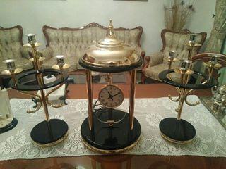 candelabro y reloj