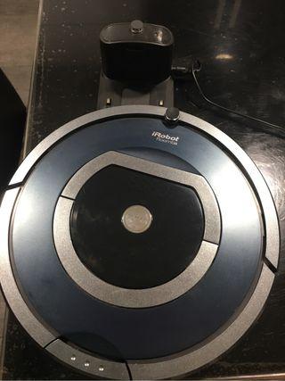 Robot Roomba 785