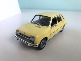Maqueta de coche Renault 7