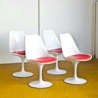 """Conjunto 4 sillas """"Tulip"""". Edición contemporánea"""