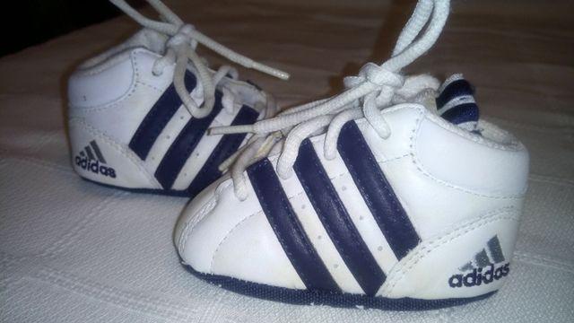 716fab9011328 Bambas Recién nacido.Sin estrenar.Adidas de segunda mano por 15 € en ...