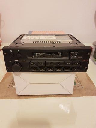 Radio cassette coche,original de la casa.