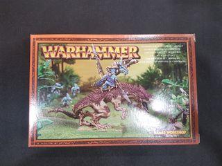 Lord Kroq-gar en Carnosaurio METAL Warhammer