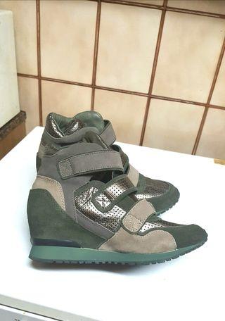 Sneakers con Cuña .Ash. T.38-38,5. NUEVAS