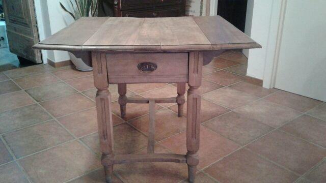 Mesa cocina antigua de segunda mano por 150 € en Aleixar L\' en WALLAPOP