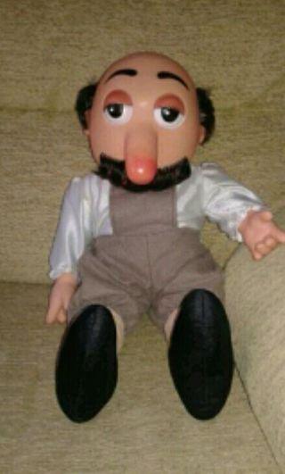 muñeco Macario