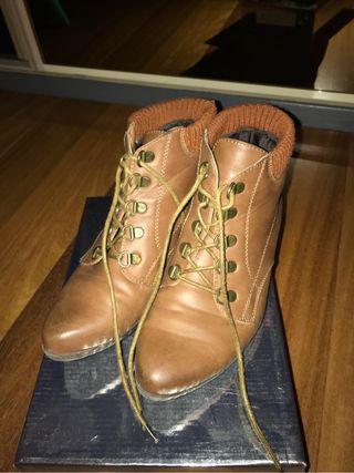 Bottines boots camel état neuf