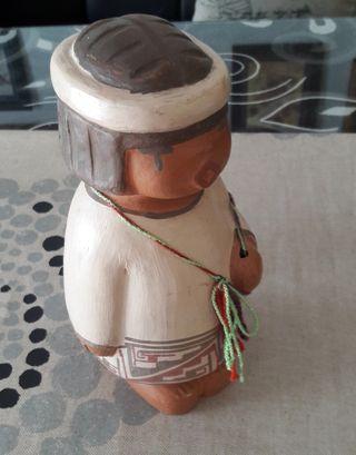 Figura ceramica.