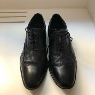 Zapatos piel marca ROCHAS