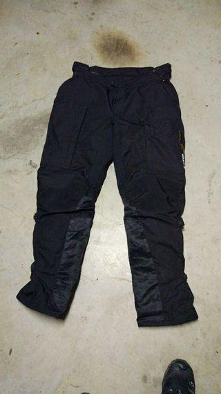 Pantalones Dainese Goretex T56. 46 europea