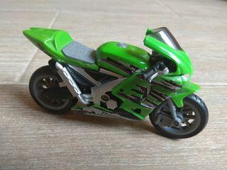 Miniatura al estilo Kawasaki Ninja