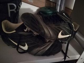 zapatillas Nike fútbol tacos tierra/cesped