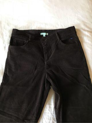 Pantalones niño. 2 pares