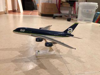 Maqueta Airbus 380 Air Comet