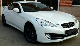 Hyundai Genesis Coupe 2.0 TURBO