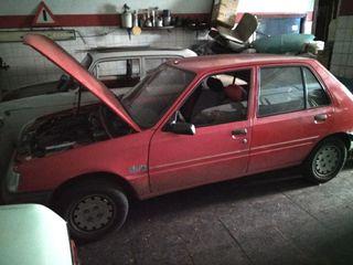 Peugeot 205 1995