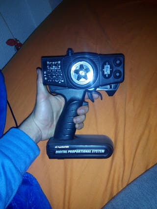 Emisora radio-control