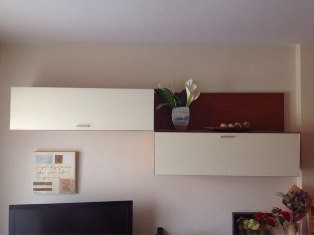 Mueble pared / estanterías comedor. de segunda mano por 50 € en Sant ...