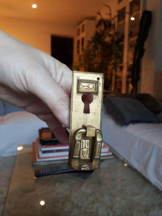 Vendo pomos de puertas de armario antiguos de segunda mano - Armarios antiguos de segunda mano ...