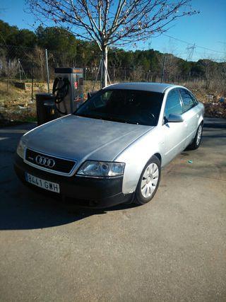 vendo Audi a6 desel 256.000k motor 2.5 td 6v