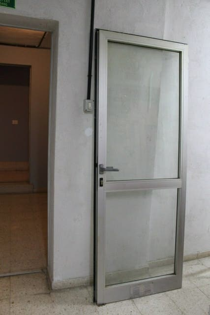 puerta metal