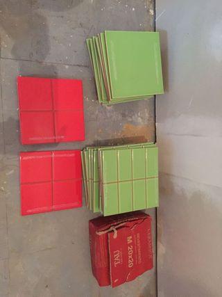 azulejos verde o rojo