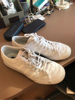 Adidas talla 42