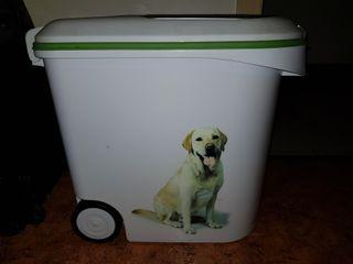 Recipiente para la comida de tu mascota