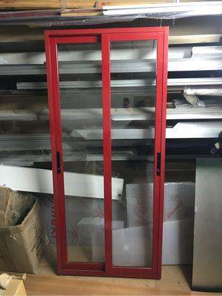 Aluminio Ventana corredera roja